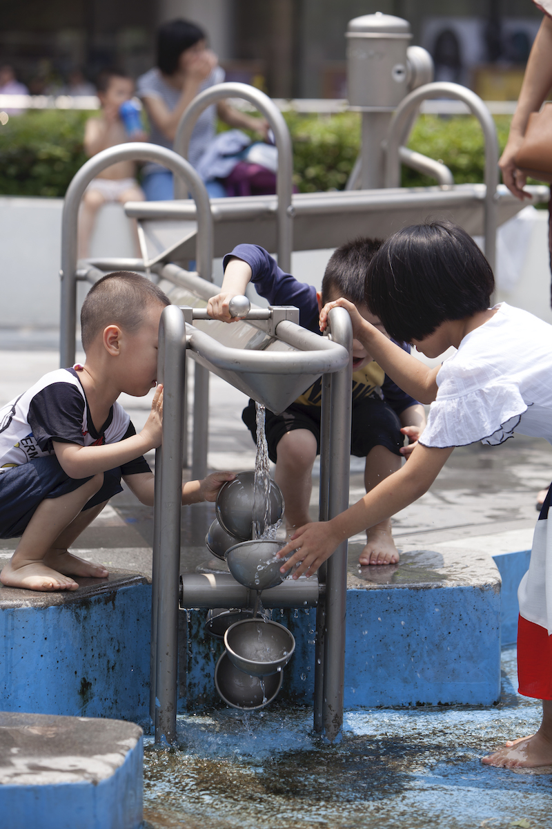 Water play at COHL Foshan Uni-mall, playground for all ages in Guangdong province, China. The space was designed by Aspect Studios.