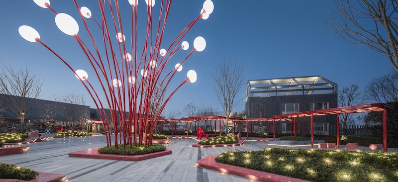 Multigenerational playgrounds first emerged in China. This is Pomegranate Place Vanke and Wantou Hefei Plaza in Hefei, China.