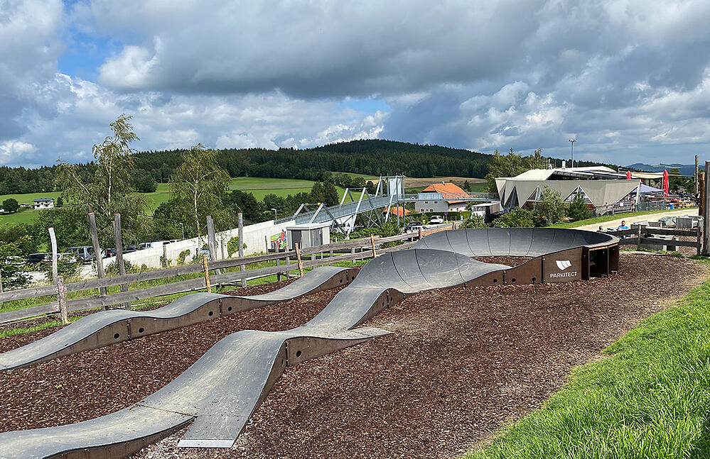 PARKITECTs modular pumptrack is just one part of the small bike park at St. Conora am Weschel